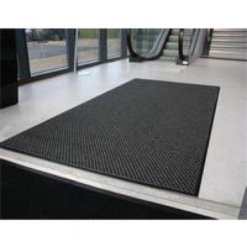 Dualguard Brush and Wipe Floor Mat